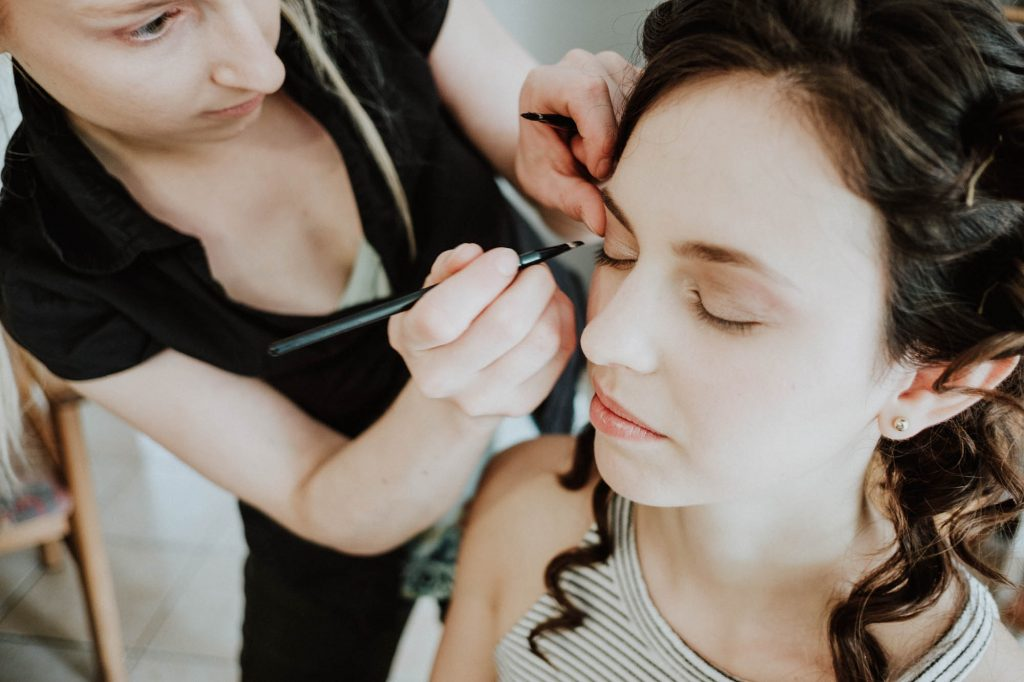 braut make up beim getting ready
